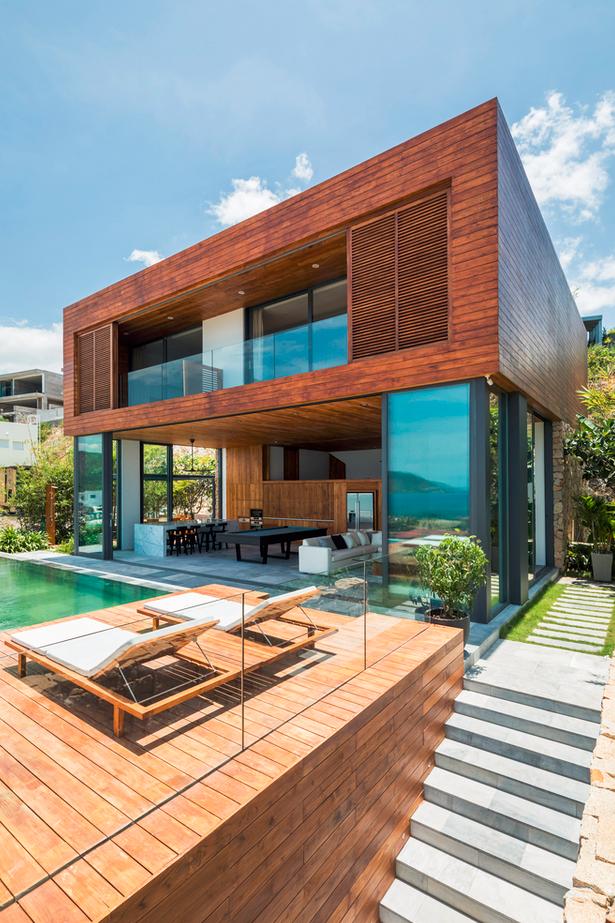 Căn biệt thự gỗ Timber House phù hợp với việc nghỉ dưỡng khi du lịch tại Nha Trang