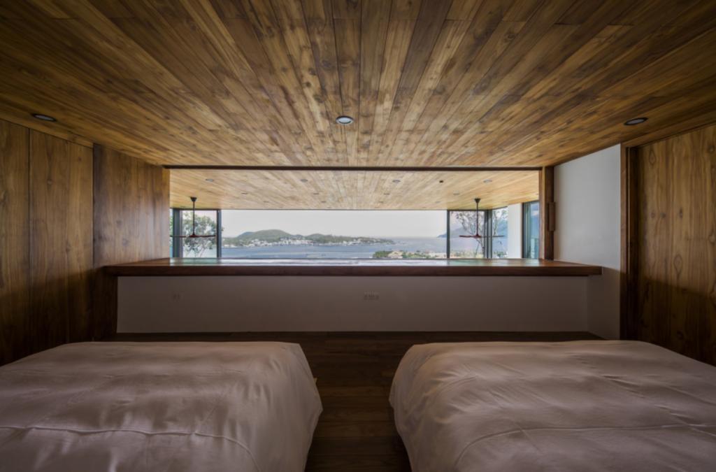 Phòng ngủ có hướng mở rộng về phía biển