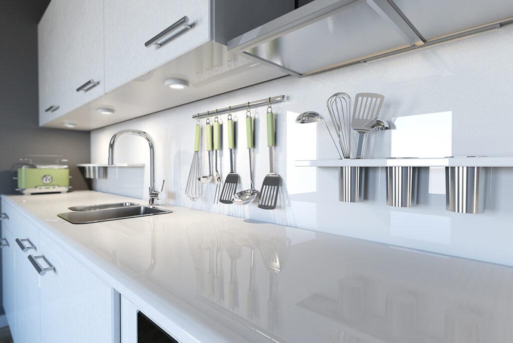Luôn giữ không gian bếp sạch sẽ, gọn gàng, ngăn nắp tránh hơi nước làm ẩm mốc khiến bầu không khí khó chịu