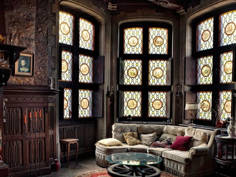 Kiến trúc Gothic có nội thất được thiết kế cầu kỳ
