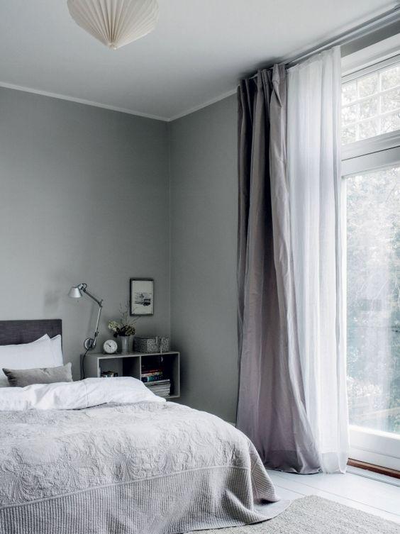 Chọn màu rèm cho tường nhà sơn màu ghi và xám. Ảnh sưu tầm.