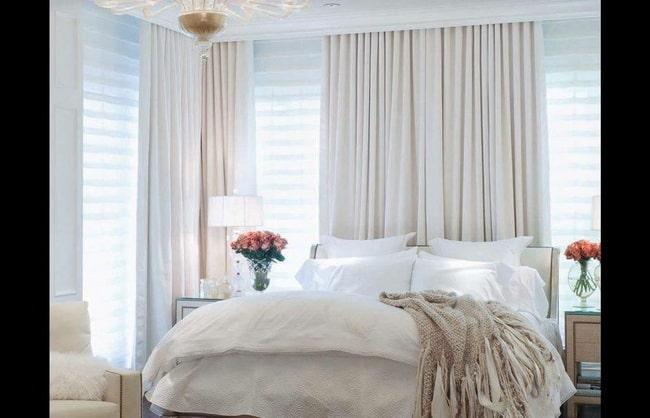 Rèm có tông màu trắng phù hợp với tường có tông màu nóng và lạnh. Ảnh sưu tầm.