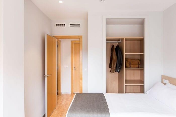 Mẫu thiết kế nội thất phòng ngủ căn hộ 55m2 1 phòng ngủ cho gia đình trẻ. Ảnh sưu tầm.