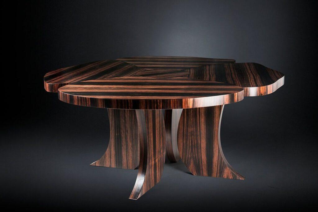 Màu gỗ và vân gỗ Mun sừng khi chế tác ra thành phẩm sẽ rất đẹp. Ảnh sưu tầm