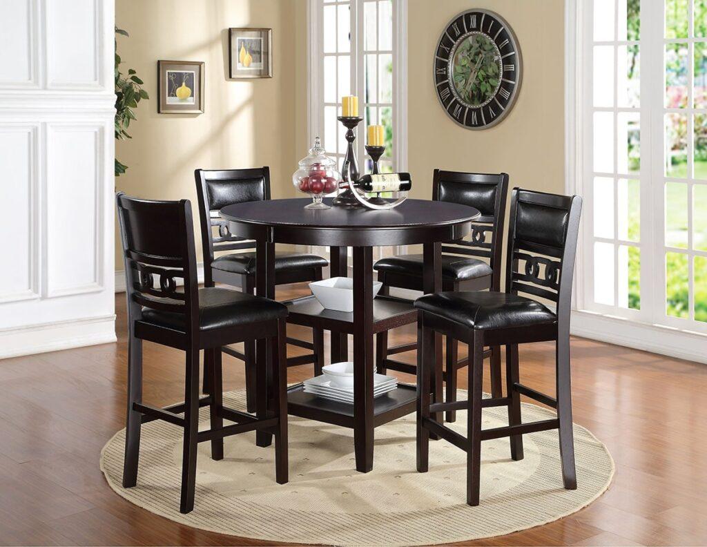 Đồ nội thất từ gỗ Mun có độ bền cao, không bị gãy, cong vênh hay mối mọt. Ảnh sưu tầm
