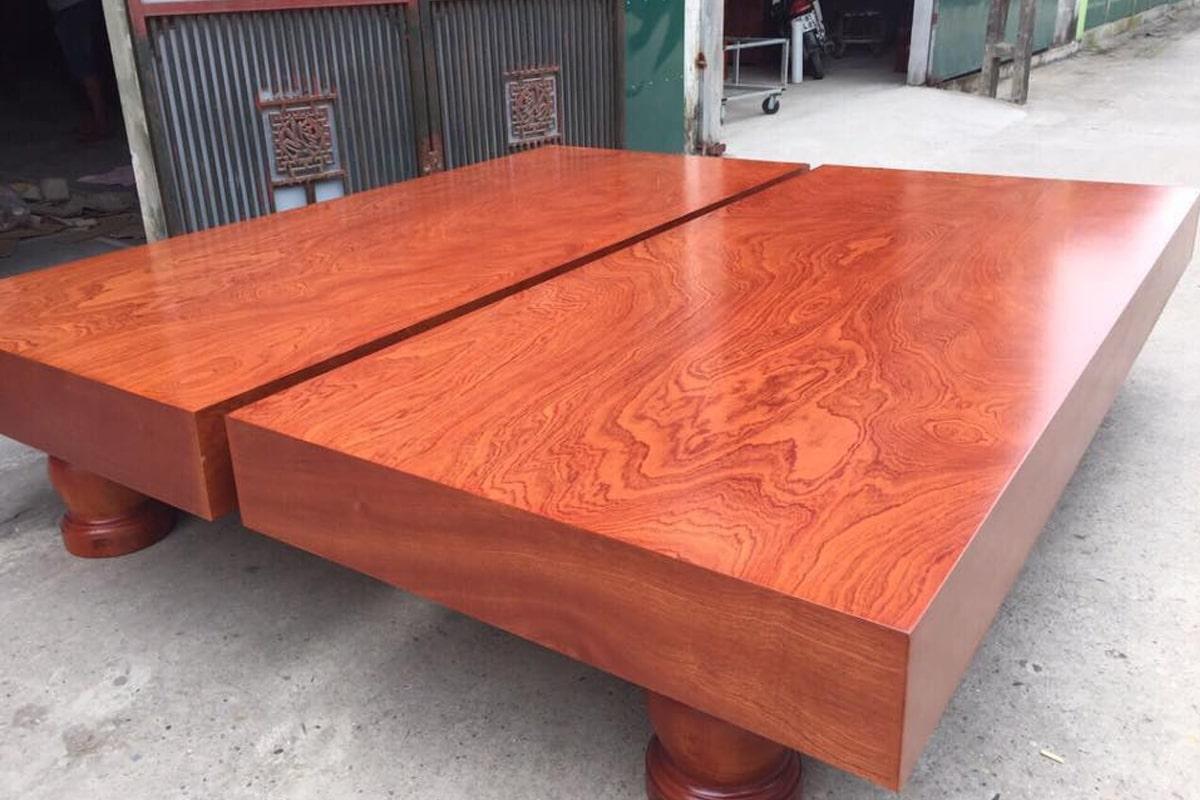 Phản gỗ xoan đào là điểm nhấn ấn tượng cho không gian nhà bạn. (Ảnh sưu tầm)