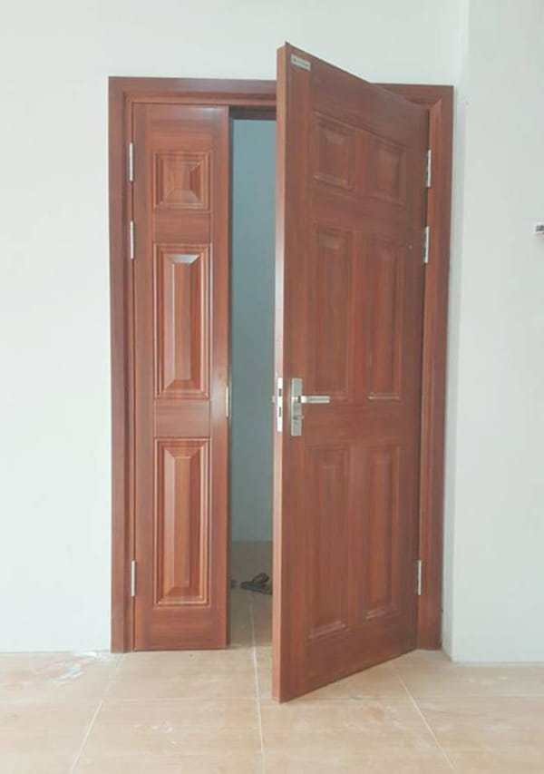 Kích thước cửa chính 2 cánh không đều nhau (cửa mẹ bồng con)