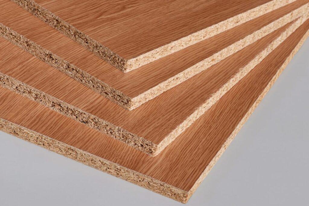 Ván gỗ công nghiệp MFC có giá thành rẻ. (Ảnh sưu tầm)