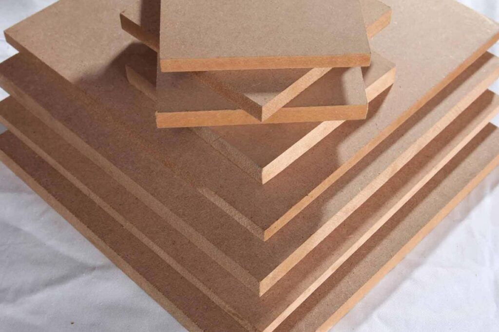 Ván gỗ công nghiệp HDF được sử dụng nhiều trong cuộc sống hiện đại. (Ảnh sưu tầm)