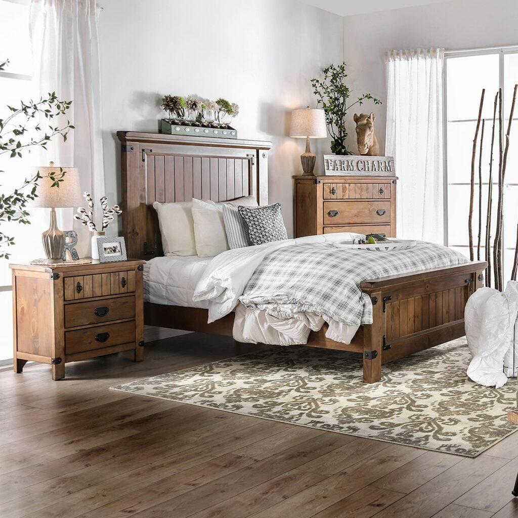 Giường được đặt ở giữa phòng, xung quanh là đồ nội thất, đồ trang trí. Ảnh sưu tầm