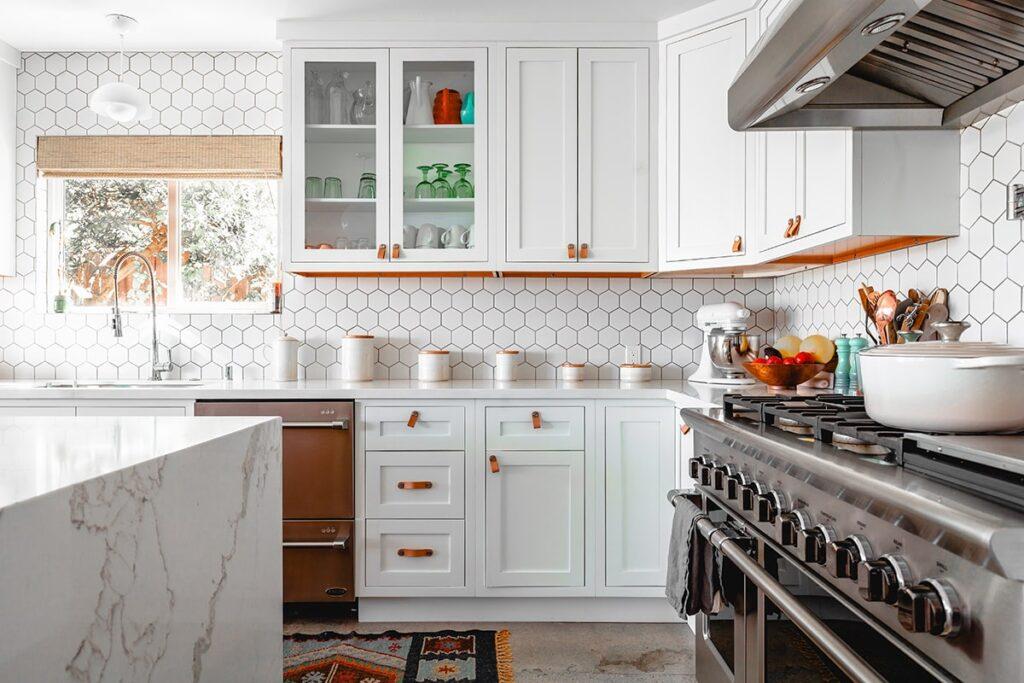 Phong thủy phòng bếp có liên quan mật thiết đến sức khỏe, tài lộc của gia chủ