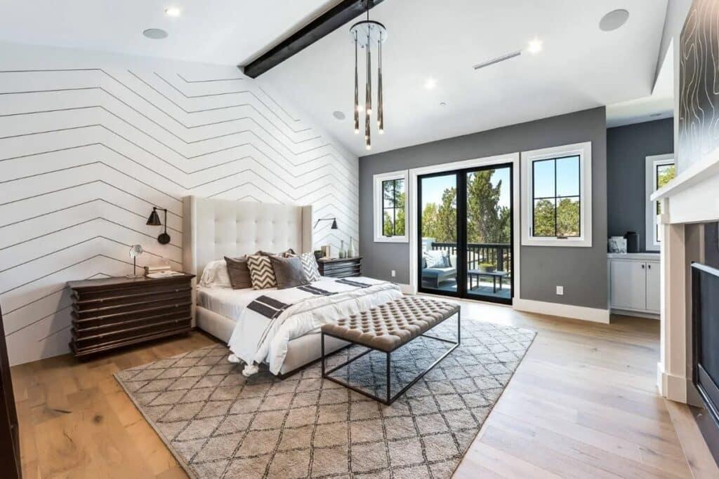 Cửa sổ giúp căn phòng trở nên thoáng đãng, rộng rãi hơn