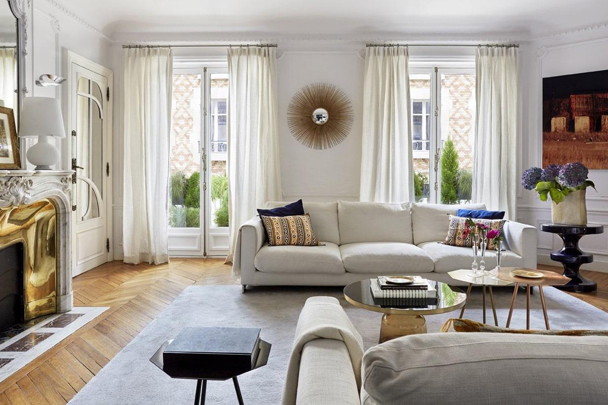 Chất liệu ánh kim được ưa dùng trong phong cách Art Nouveau. (Ảnh sưu tầm)