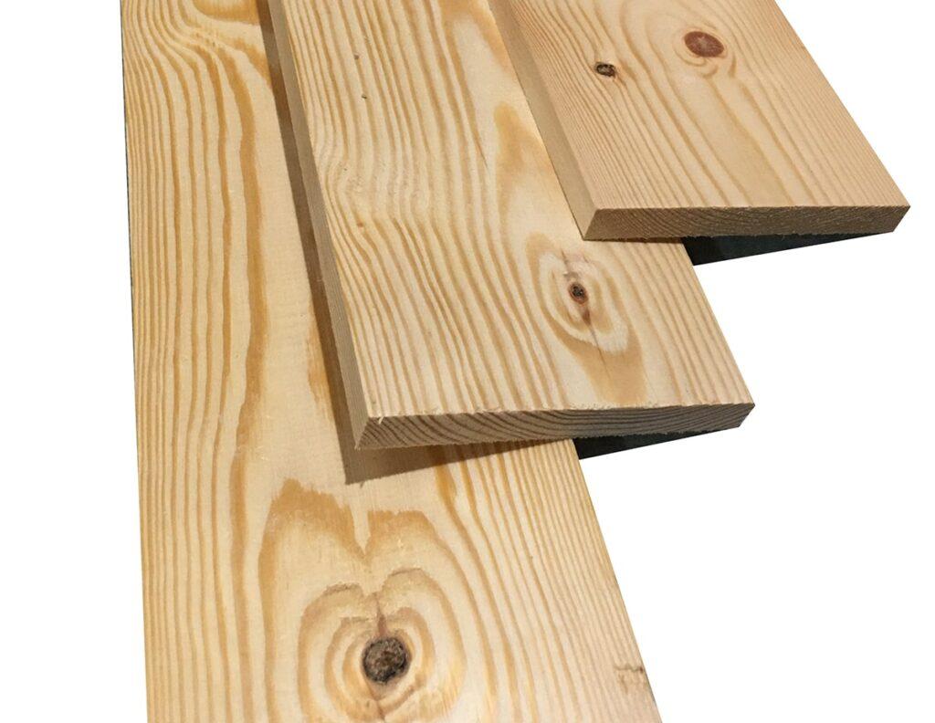 Vân gỗ thông có dạng suôn đều, to bản, lại có nhiều mắt chết. (Ảnh sưu tầm)