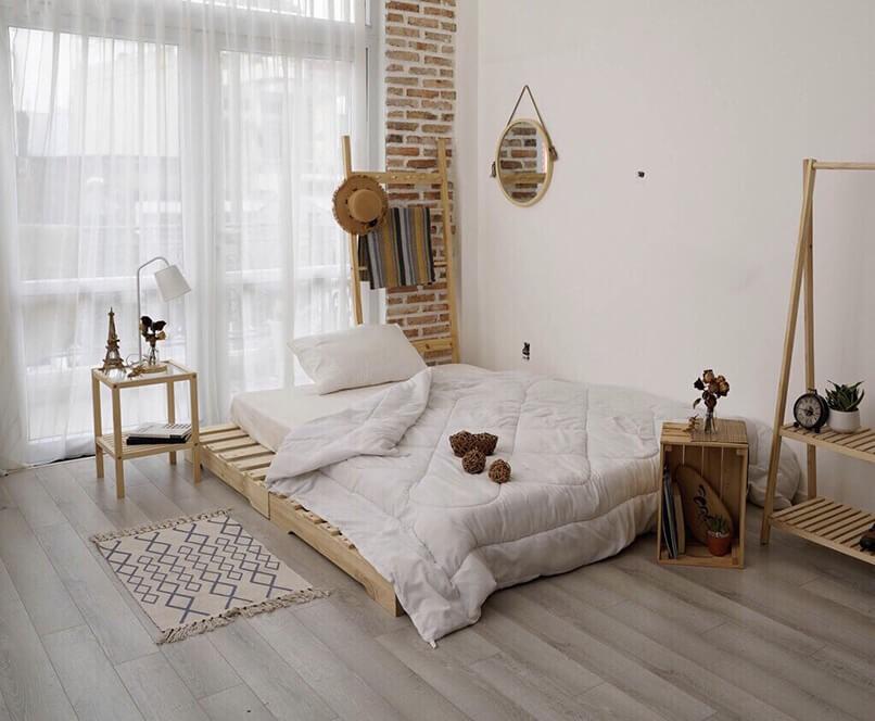 Giường nhỏ giúp bạn tiết kiệm không gian phòng trọ rất tốt. Ảnh sưu tầm